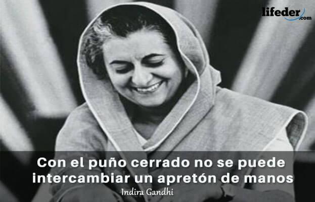 As 75 melhores frases de Indira Gandhi 9