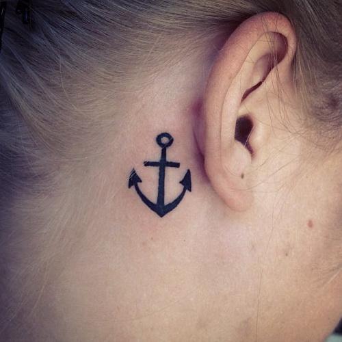 30 pequenas tatuagens para olhar na sua pele 7