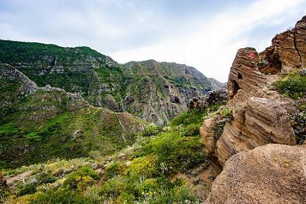 Karst: processos de intemperismo e paisagismo 1