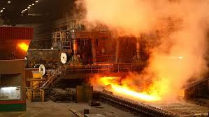 Onde está concentrada a indústria pesada no continente americano?