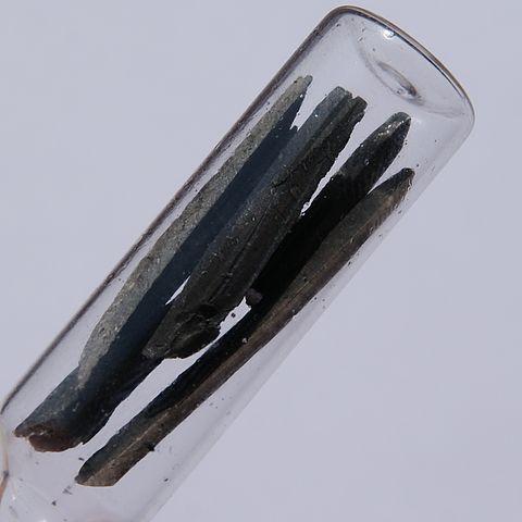 Lítio: história, estrutura, propriedades, riscos e usos 1