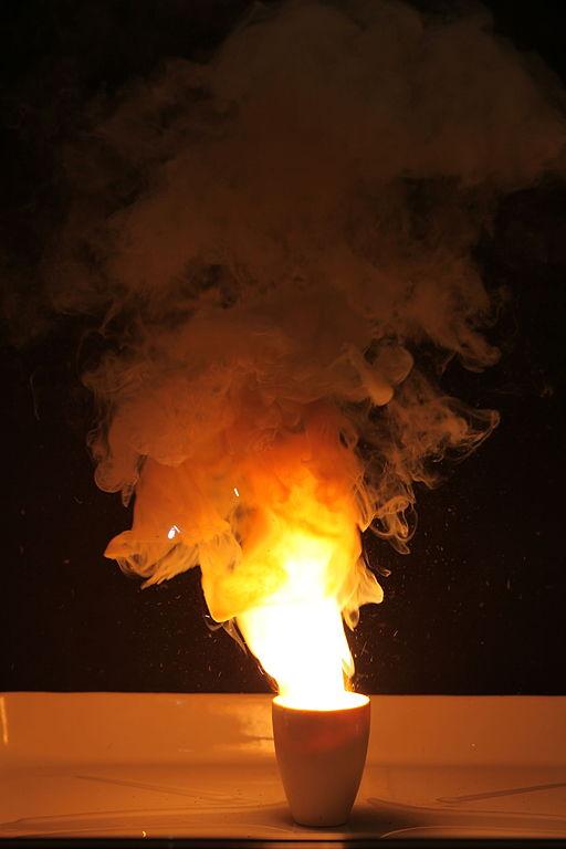 Óxido de cromo (III): estrutura, nomenclatura, propriedades, usos 4