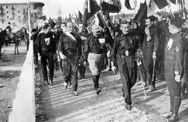 Benito Mussolini: Biografia 1