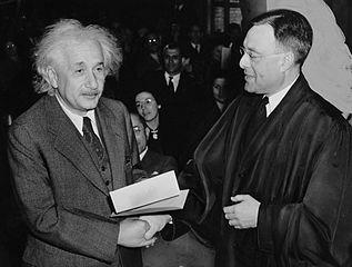As 200 melhores frases de Albert Einstein [com imagens] 33