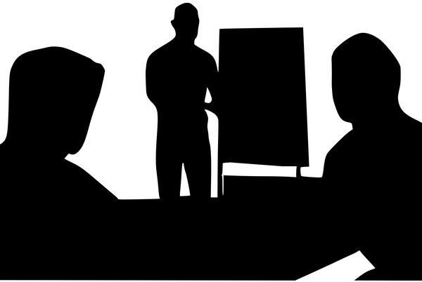 Escola empírica de administração: características, autores, vantagens 1