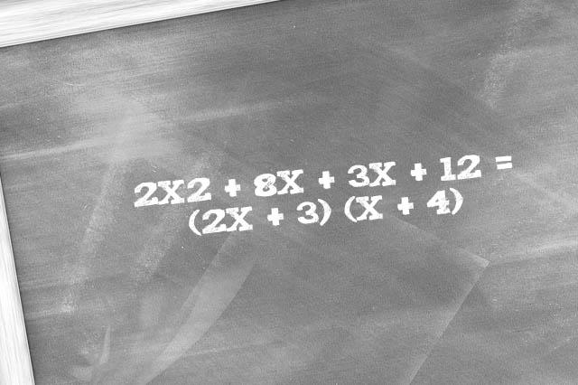 Qual é o fator comum por agrupamento? 6 Exemplos 1