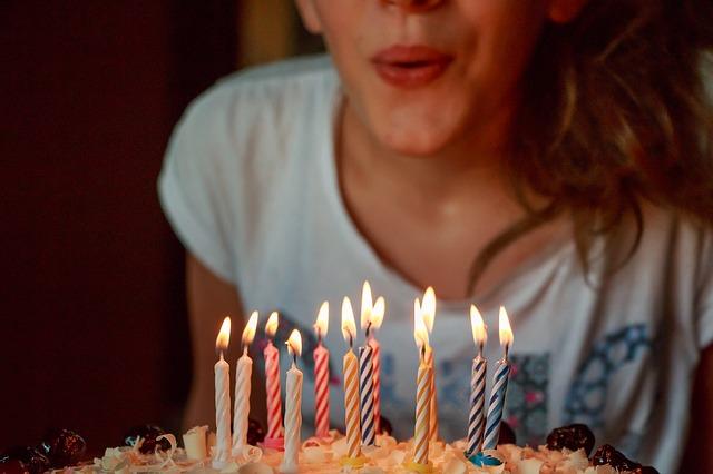 Feliz aniversário de 30 anos: frases para se dedicar 1