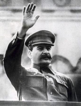 Doutrinas totalitárias: ideologia e características 3