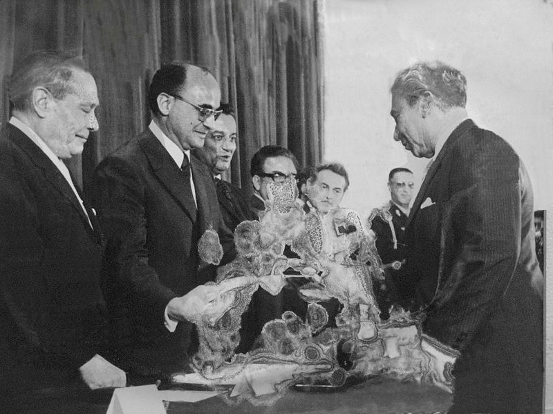 Luis Echeverría Álvarez: Biografia, governo e contribuições 1
