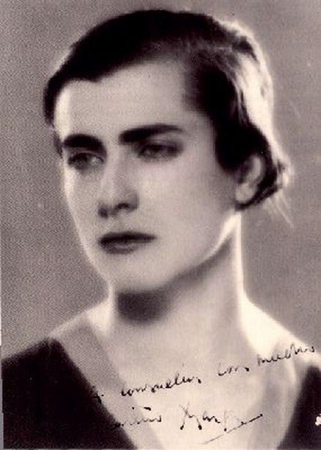 Margarita Gil Röesset: biografia, estilo e obras 1