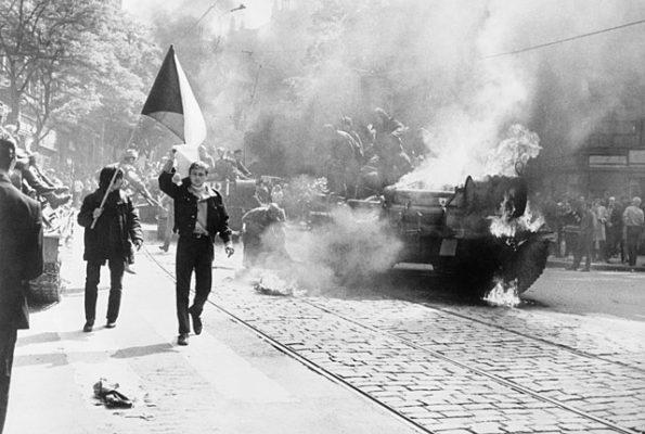 Primavera de Praga: Antecedentes, Causas e Consequências 1