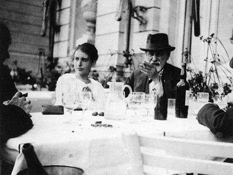 Anna Freud: Biografia e Trabalho 4