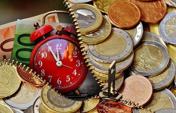 Valor do dinheiro ao longo do tempo: fatores, importância, exemplos 1