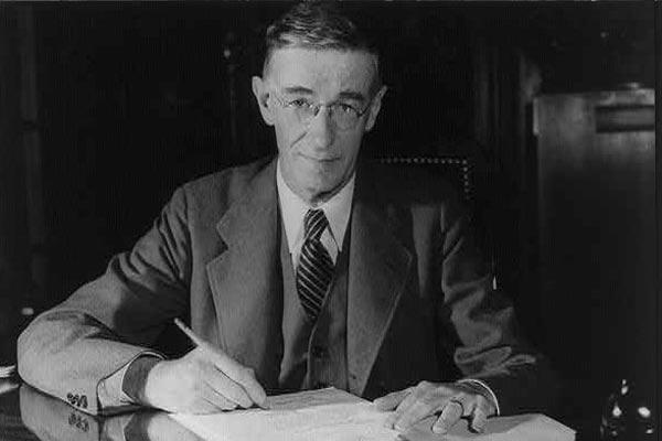 Vannevar Bush: biografia, contribuições e obras 1