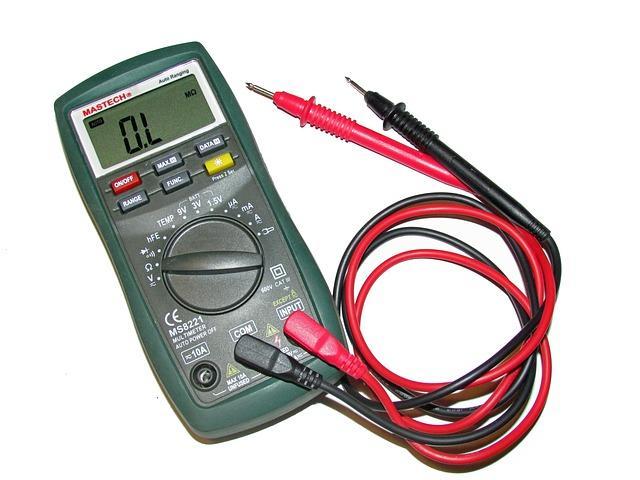 O que é um voltímetro? Recursos mais relevantes 1