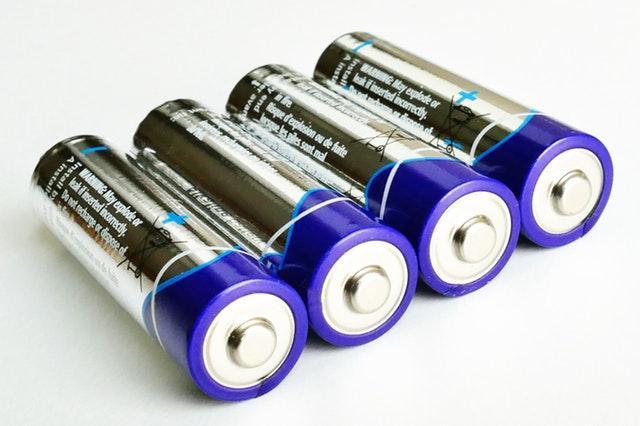 Tipos de bateria, características e reações 1
