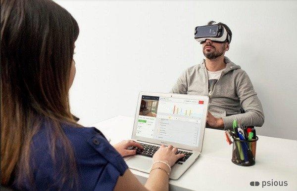 O tratamento da fobia para voar através da Realidade Virtual 2