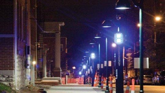 A iluminação azul na rua reduziria crimes e suicídios 1
