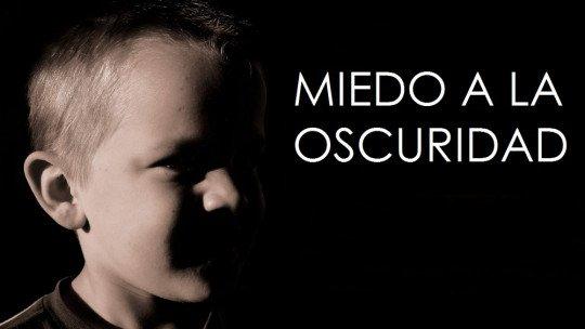 Como ajudar uma criança que tem medo do escuro, em 5 etapas 1