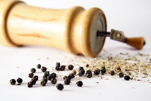 15 benefícios valiosos da pimenta preta para a saúde 1