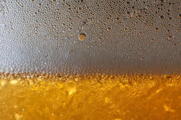 15 benefícios do fermento de cerveja para o corpo e a mente 1