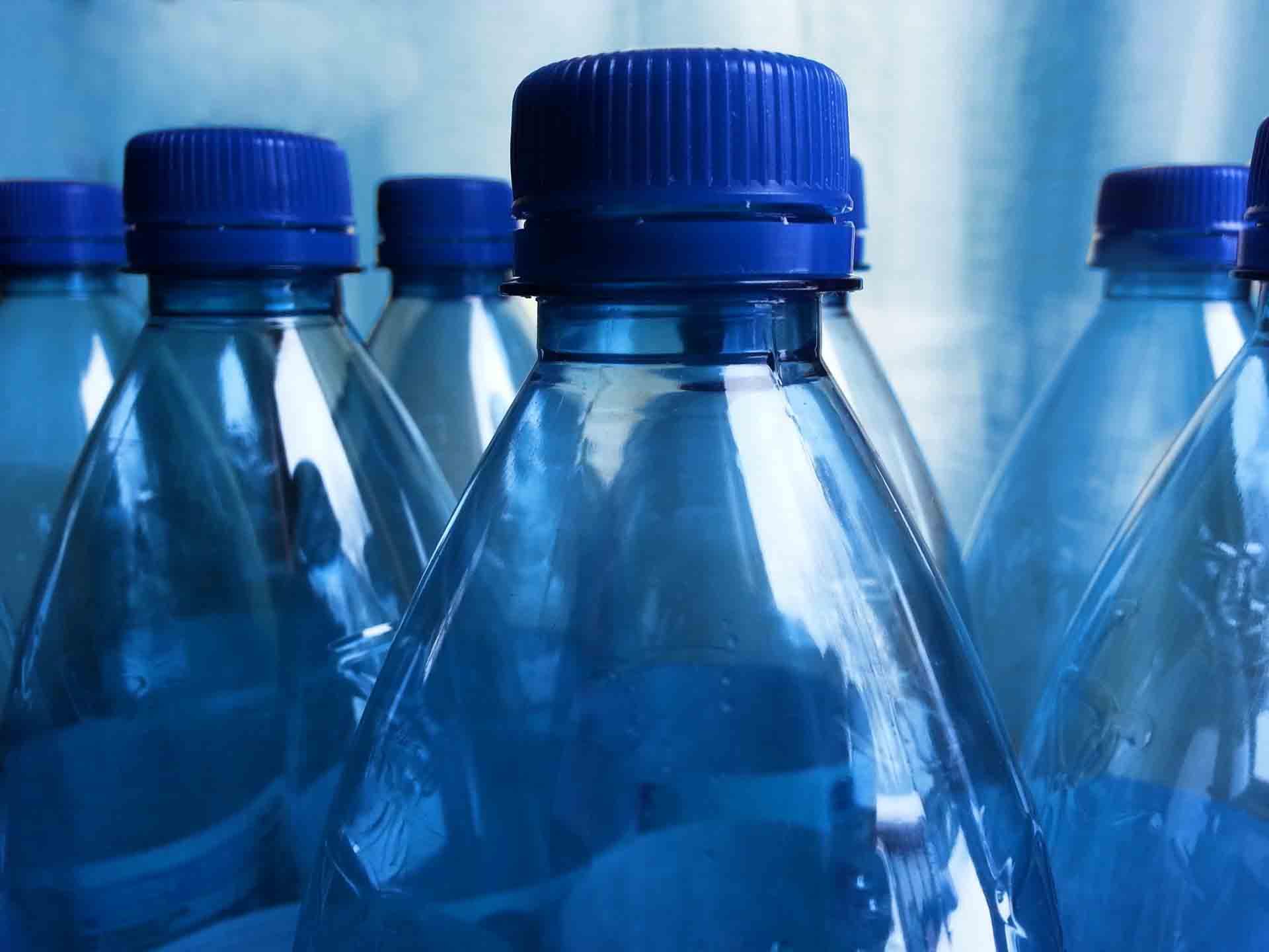 Quantas garrafas de água para beber por dia? 1