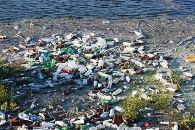 5 Atividades e comportamentos que causam poluição da água 2