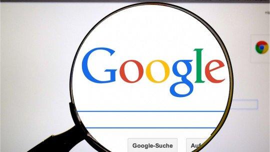 Pesquisando dados on-line nos faz acreditar que somos mais inteligentes, de acordo com um estudo 1