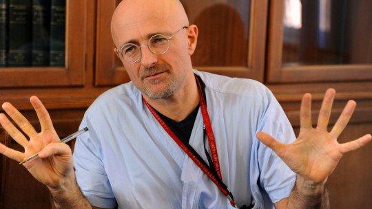 Um neurocientista argumenta que o transplante de cabeça é possível 1
