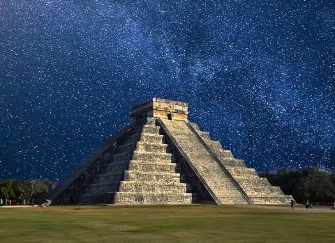 Onde foi desenvolvida a cultura maia? 2