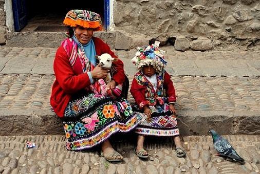 Roupa da Serra do Perú: roupas comuns 5