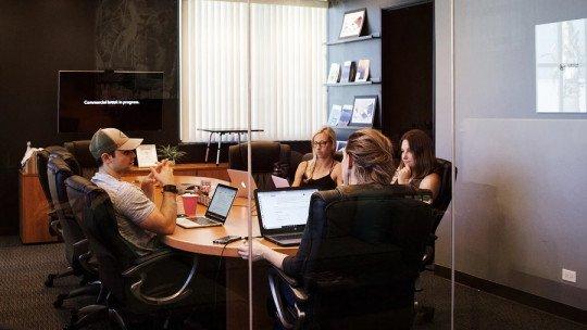 Como resolver conflitos no trabalho: 8 dicas práticas 1