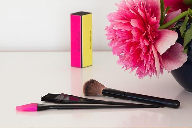 De que são feitos os cosméticos e como são feitos? 1