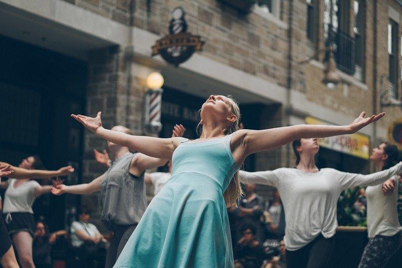 As 75 melhores frases de dança e dança 2