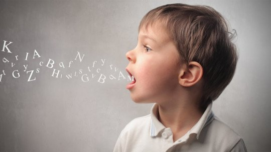 Ecolalia: o que é, causas e distúrbios relacionados 1