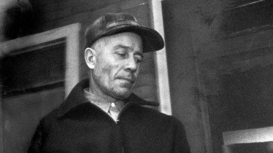 """Vida e retrato psicológico de Ed Gein, """"o açougueiro de Plainfield"""" (2/2) 1"""