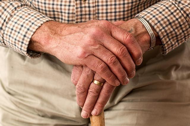 Doença de Parkinson: sintomas, causas e tratamento 1