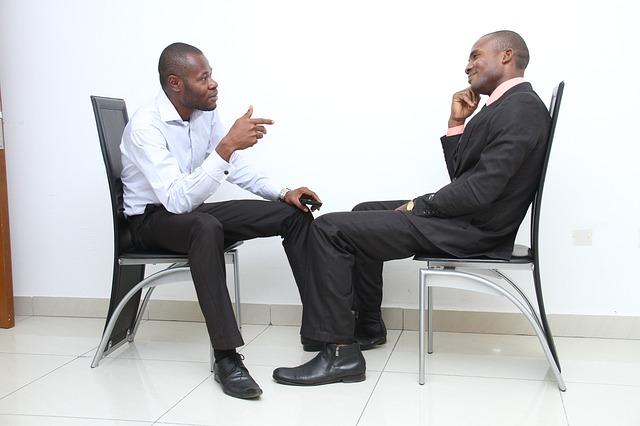 Entrevista formal: características e exemplos de perguntas 30