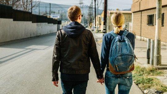 Como os relacionamentos amorosos funcionam e por que eles terminam? 1