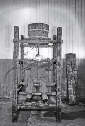 13 Instrumentos e Métodos de Tortura da Santa Inquisição 11