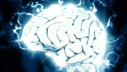 8 hábitos frequentes que matam neurônios 1