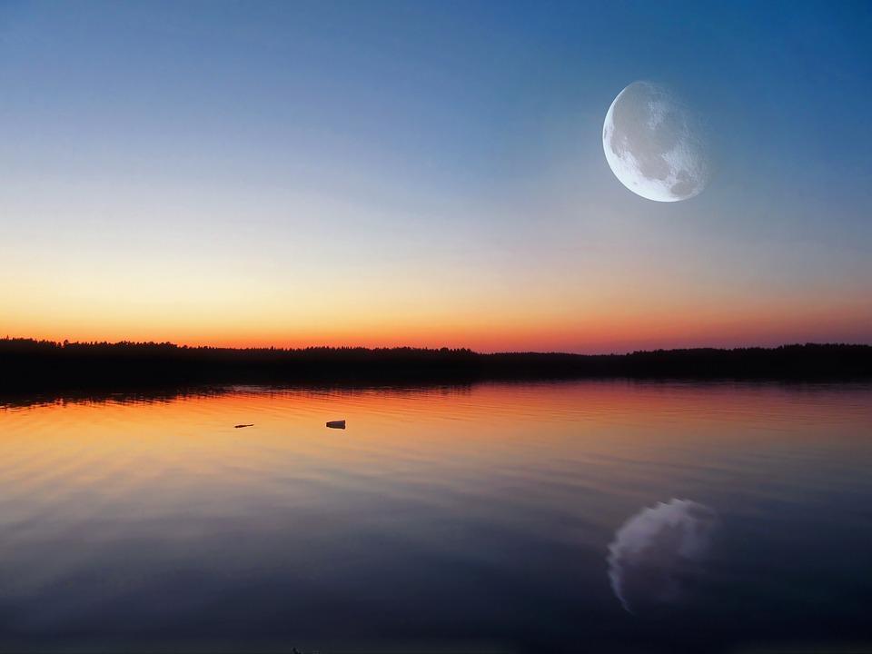 Influência da Lua nos fenômenos físicos, biológicos e humanos 1