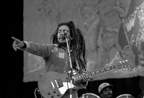 As 100 melhores frases de Bob Marley (amor, paz, vida) 26