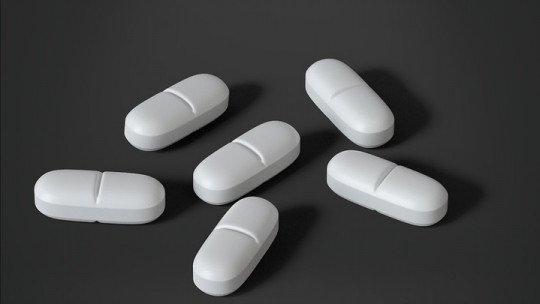 Memantina: usos e efeitos colaterais desta droga 1