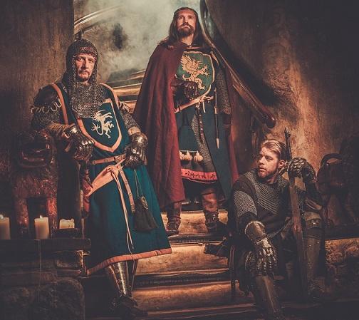 As 13 principais características da monarquia