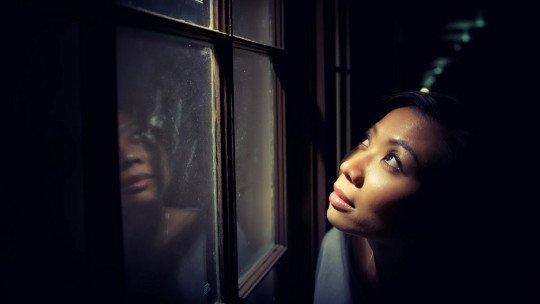 Pensamentos paranóicos nos relacionamentos: por que eles aparecem? 19