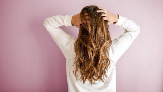 Por que meu cabelo não cresce? 4 causas possíveis e o que fazer 1