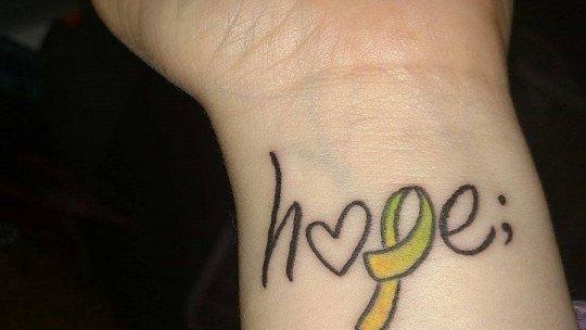 O que o ponto-e-vírgula significa que tantas pessoas tatuaram? 1