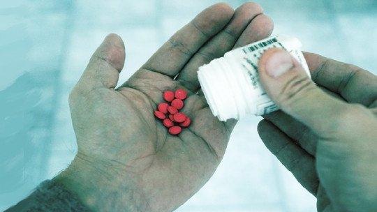 Distúrbios induzidos por drogas e substâncias tóxicas 1