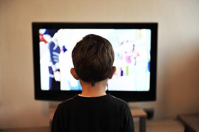 11 Efeitos negativos da publicidade em crianças e adultos 3